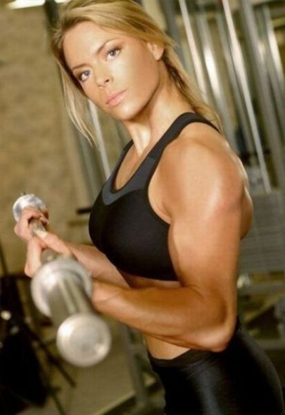 attractive_female_bodybuilders_flexing_640_18.jpg