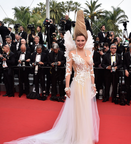 cannes-2015-lena-lenina-white.png