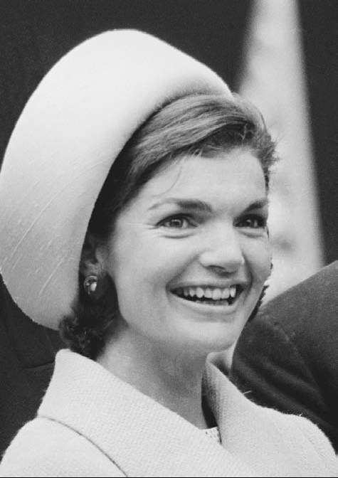 jacqueline-kennedy-in-pillbox-hat.jpg