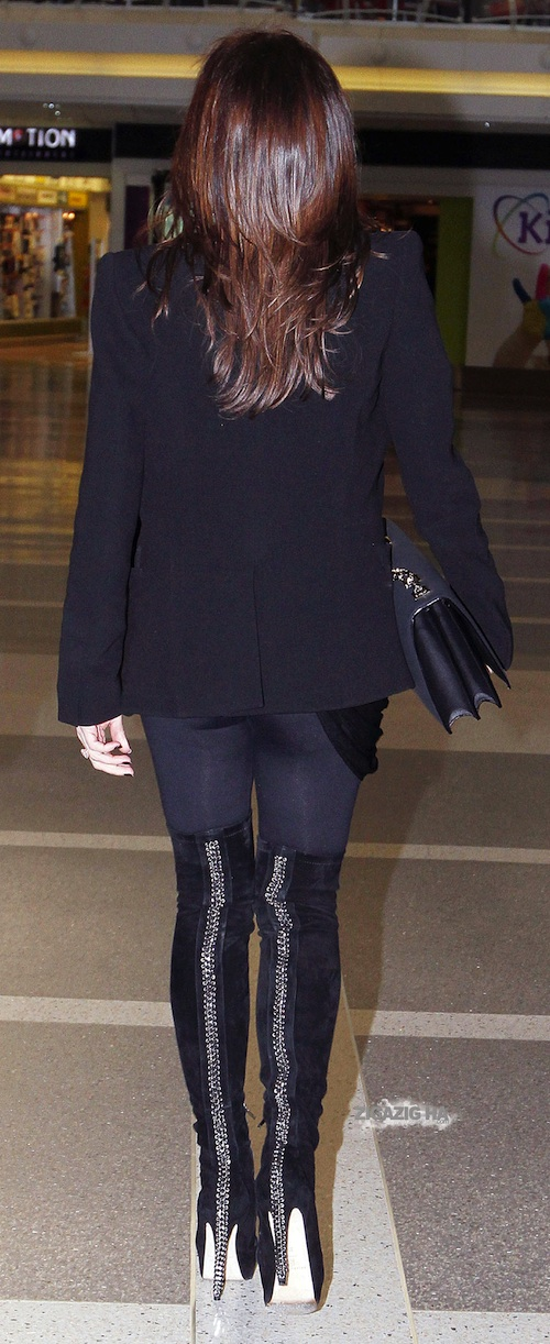 victoria-beckham-brian-atwood-chain-back-over-the-knee-rz-boots-1.jpg
