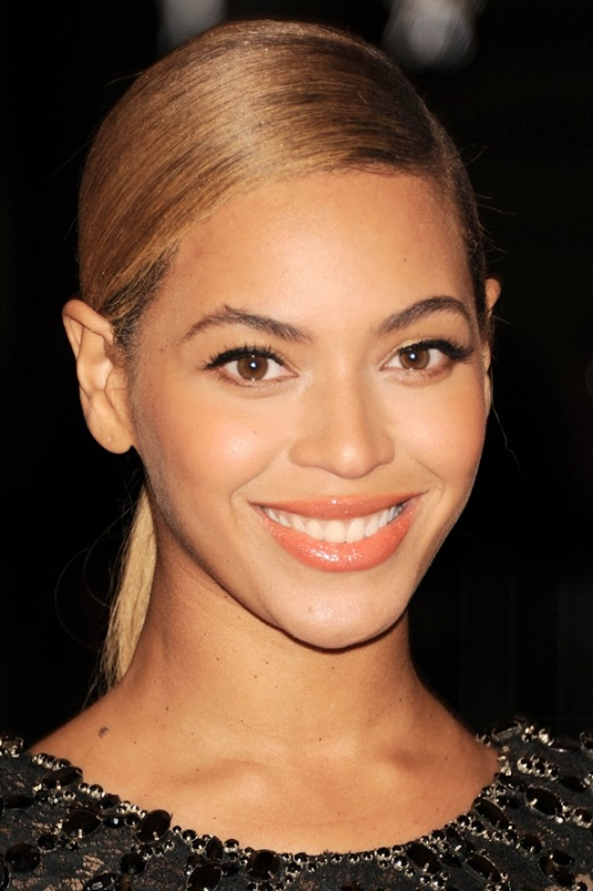 bknowles_beauty_v_8may12_rex_b_592x888.jpg