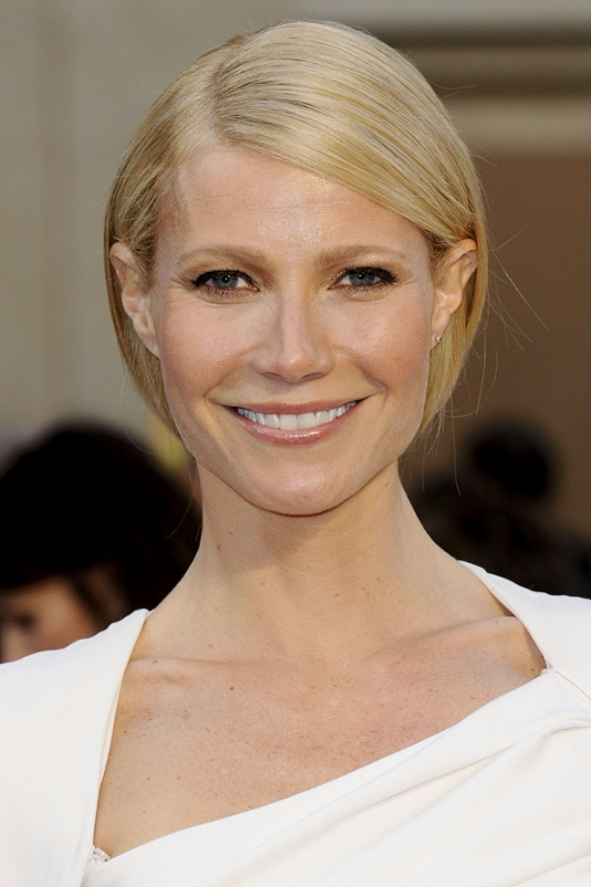 gpaltrow_gl_27feb12_rex_b.jpg