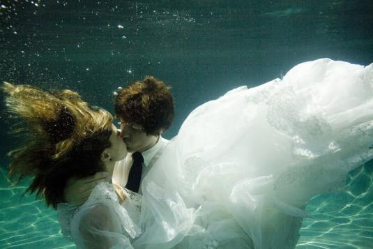 underwater-wedding-11.jpg
