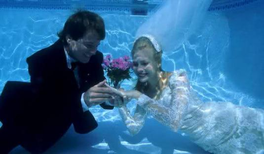 underwater-wedding-14.jpg