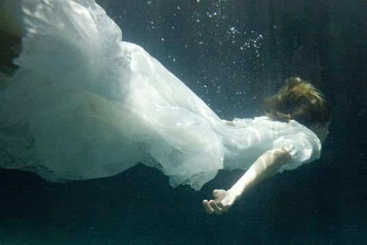 underwater-wedding-6.jpg