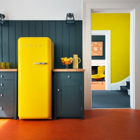 bright-yellow-fridge1.jpeg