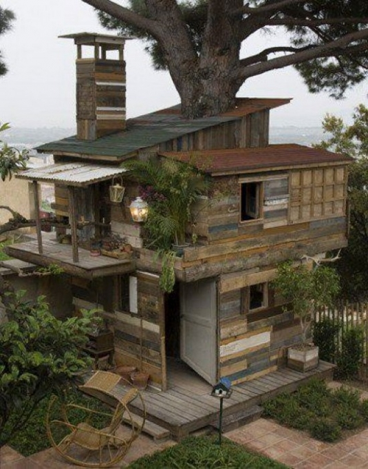 unusual-but-interesting-tree-houses-10.jpg