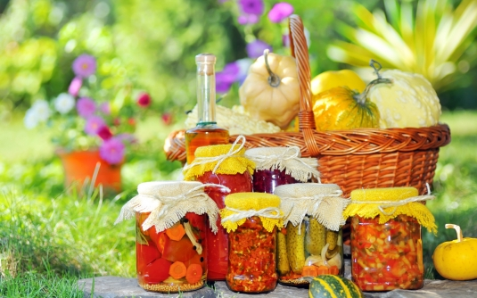 food___berries_and_fruits_and_nuts_basket_with_vegetables_085483_12.jpg