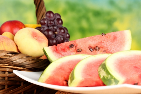 fruit_watermelons_grapes_434579.jpg