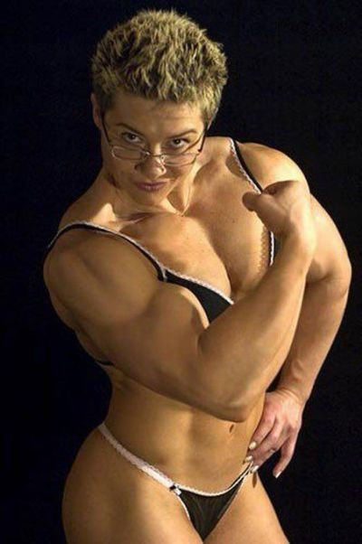 attractive_female_bodybuilders_flexing_640_27.jpg