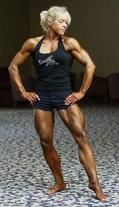 attractive_female_bodybuilders_flexing_640_35.jpg
