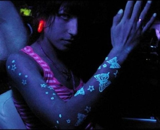 blacklight_tattoos_640_13.jpg