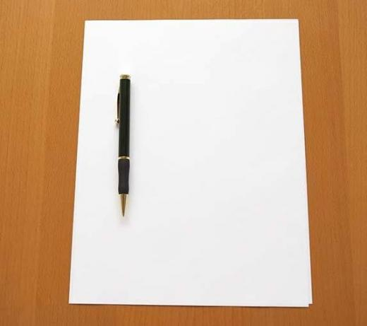 blank_sheet_of_paper_and_pen_bld007542.jpg