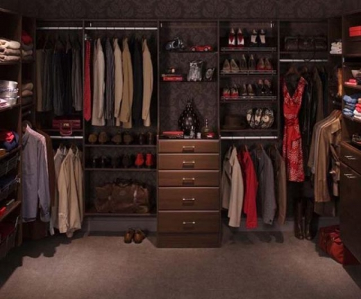 closets_that_are_really_neat_640_03.jpg