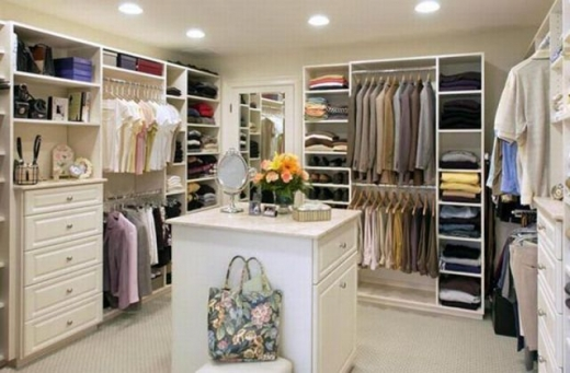 closets_that_are_really_neat_640_05.jpg