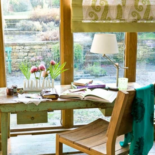 country-conservatory-home-office.jpg