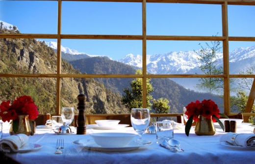 luxurious_vacation_in_the_himalayas_640_03.jpg