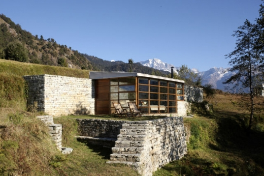 luxurious_vacation_in_the_himalayas_640_14.jpg