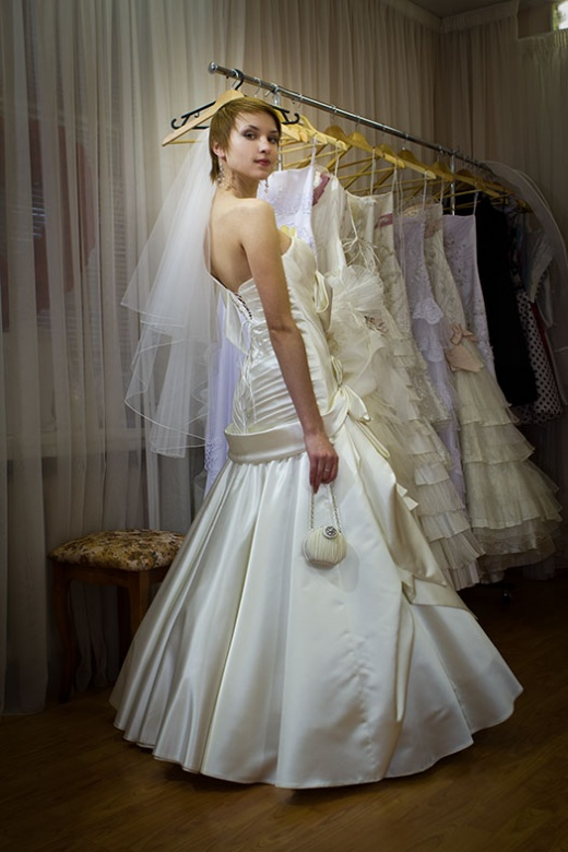 olya_behappy_gown_1_3.jpg.jpg