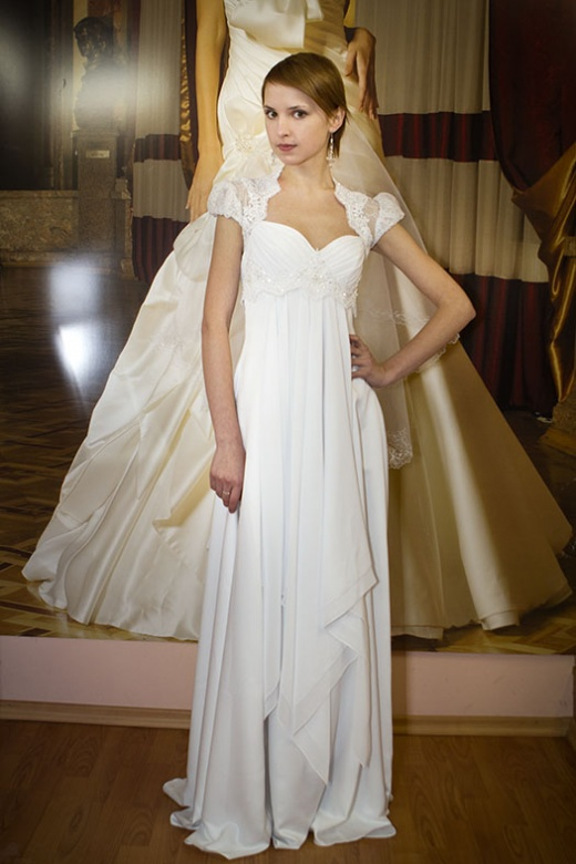 olya_behappy_gown_3_2.jpg.jpg