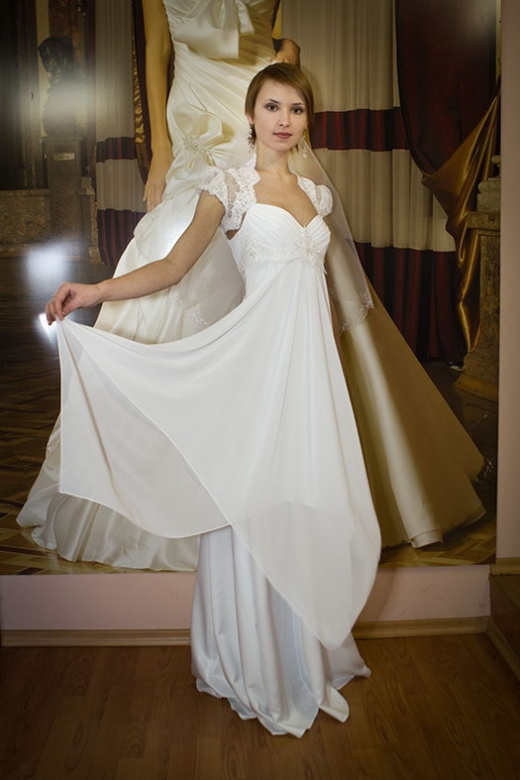 olya_behappy_gown_3_3.jpg.jpg