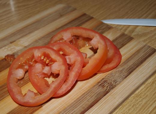 omelet_with_tomatoes_2.jpg