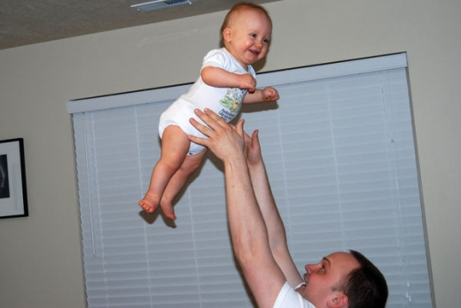 people_tossing_babies_640_04.jpg