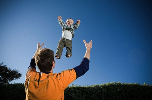 people_tossing_babies_640_44.jpg