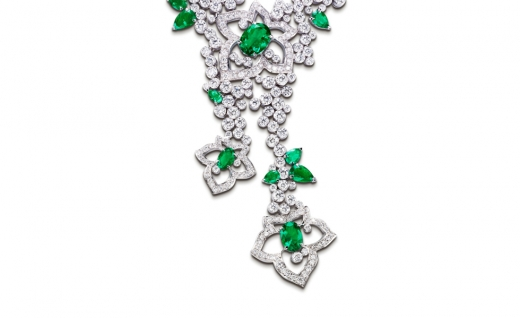 piaget-limelight-garden-party-close-up-of-white-gold-necklace-set-with-diamonds-and-emeralds.jpg