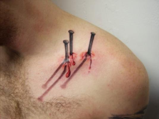scary-realistic-tattoos-09.jpg