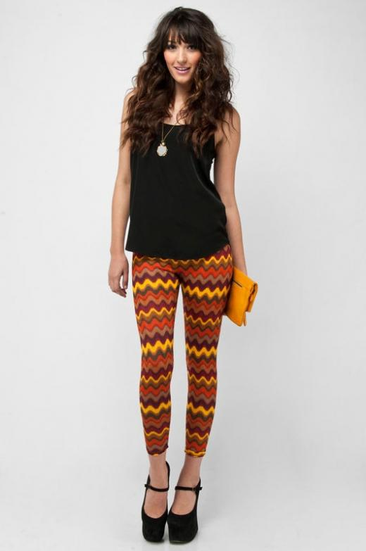 tobi_printed_leggings_3.jpg