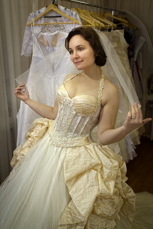 ulya_behappy_gown_4_2.jpg