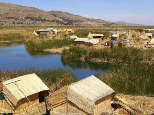 unique_lake_titicaca_floating_islands_640_01.jpg