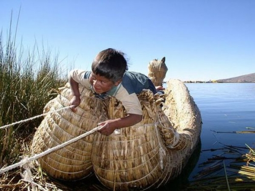 unique_lake_titicaca_floating_islands_640_03.jpg