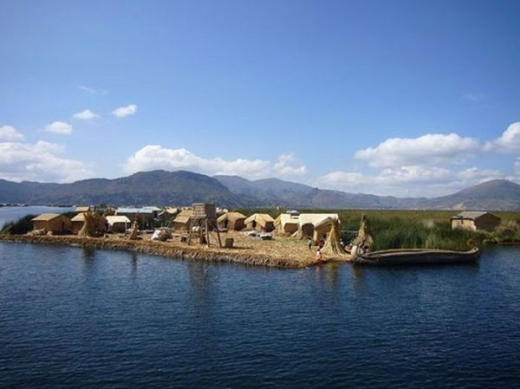 unique_lake_titicaca_floating_islands_640_05.jpg