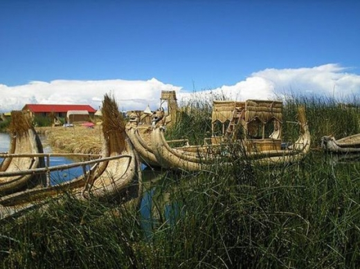 unique_lake_titicaca_floating_islands_640_09.jpg