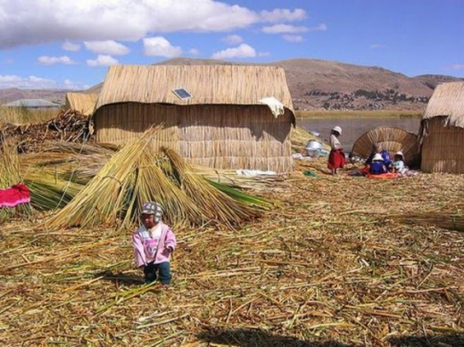 unique_lake_titicaca_floating_islands_640_12.jpg