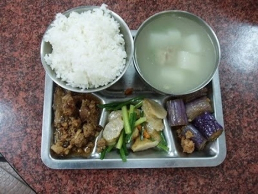 worldly_school_lunches_640_27.jpg