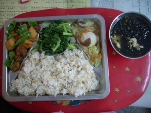 worldly_school_lunches_640_28.jpg