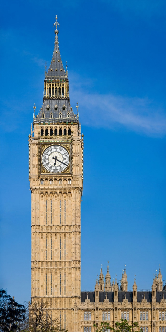640px-clock_tower_-_palace_of_westminster_london_-_may_2007.jpg