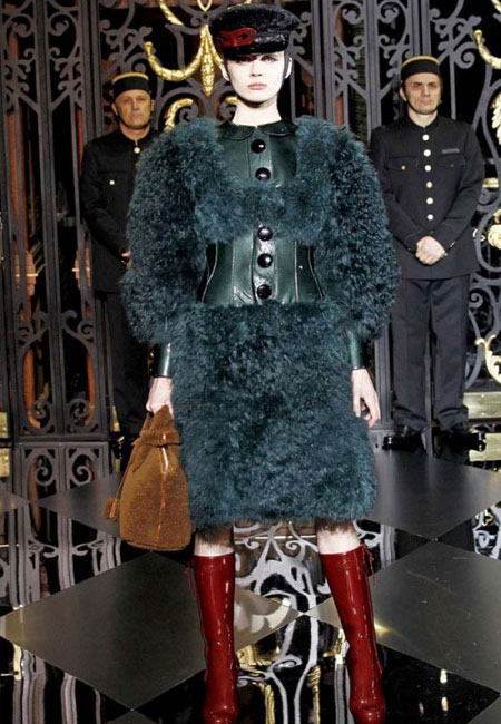 1309784093_new_collection_of_louis_vuitton_fall_winter_2011_2012_35.jpg